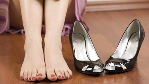 4 astuces pour agrandir vos chaussures trop petites
